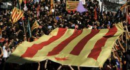Madrid veut prendre le contrôle de la Catalogne prête à répliquer par l'indépendance