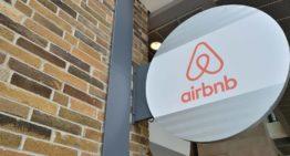 L'Airbnb met en place de nouveaux protocoles de nettoyage dans le contexte de la pandémie de COVID-19