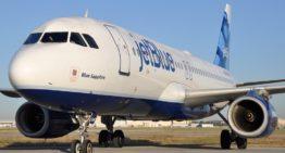 JetBlue devient la première grande compagnie aérienne américaine à exiger des passagers qu'ils portent un masque – Skift