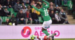 Officiel : l'attaquant de St Étienne Charles Abi signe une prolongation jusqu'en 2024